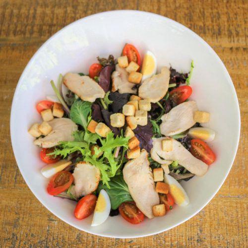 salade-du-moment-restaurant-mont-de-marsan-mameta-bistro